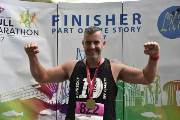 Hull FC fan Mark Grasby completes the Hull Marathon 2017 raising £740 for the SPF